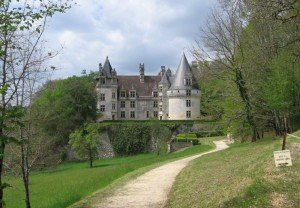 chateau-de-puyguilhem-dordogne_a