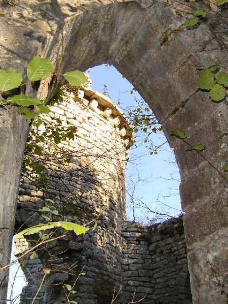 ruines3.jpg