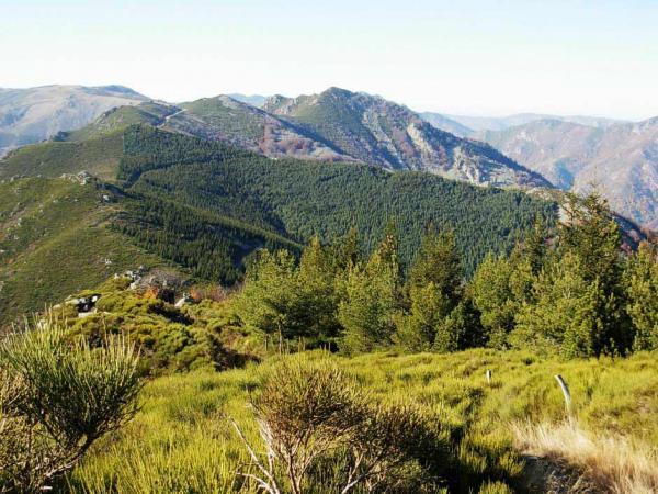 A l'assaut de la montagne ... dans La Vie (116) randonnee-montagne-monts-ardeche-thumb-940x705-24246-600x450