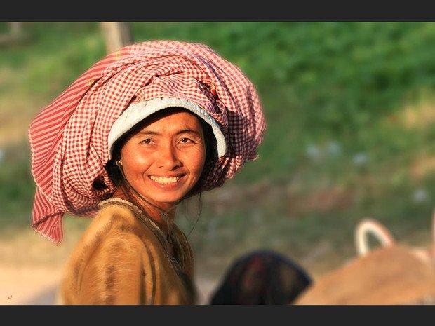 « Le sourire ... dans Citations, proverbes... sourire-de-femme_620x465