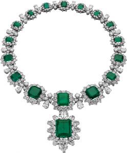 bulgari collier emeraude et diamant burton-tay
